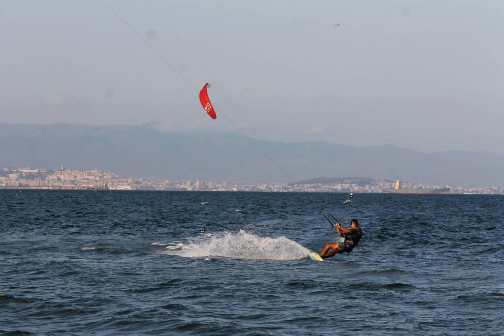 Kitesurfen Petrol Beach, Sardinien: Kite Lernen in Sardinien