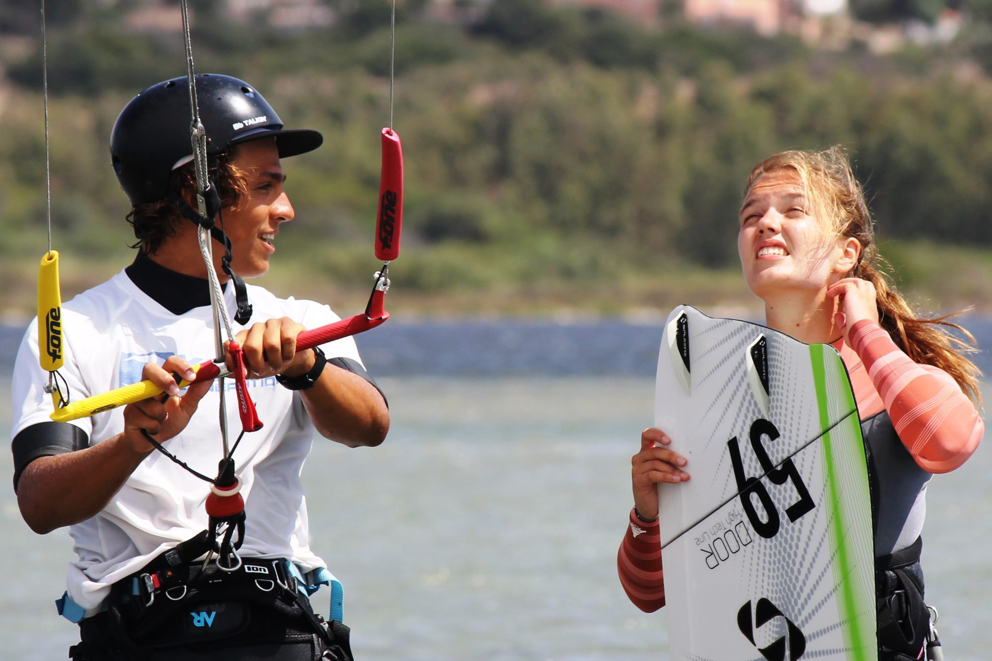 Kitesurf Lernen in Südsardinien: KIten Lernen auf Sardinien, Punta Trettu, Cagliari, Villasimius